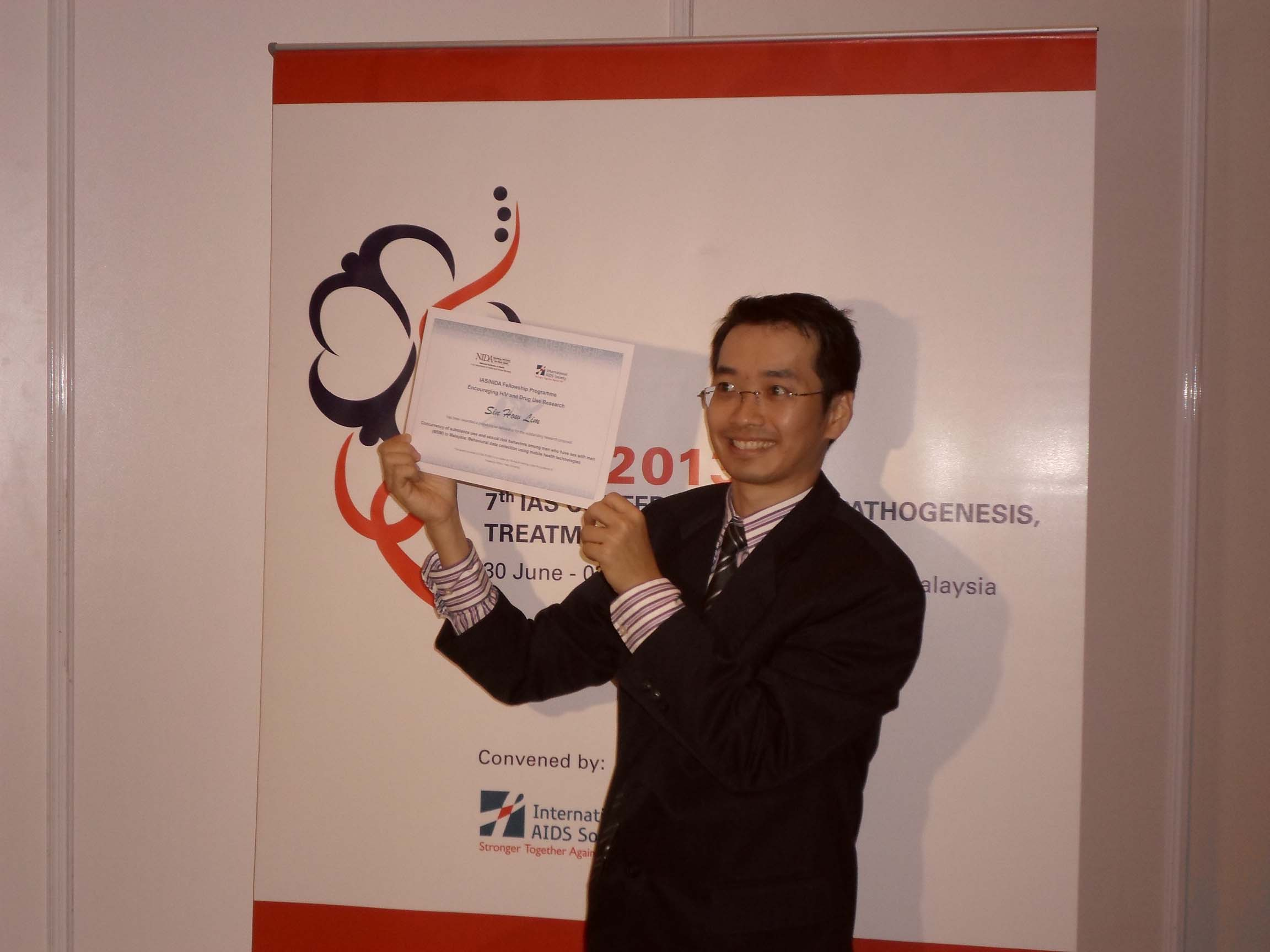 Dr Sin How Lim – Sole Malaysian Recipient of the Joint IAS-NIDA Research Fellowship Award 2013
